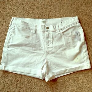 Old navy white Mid rise jean shorts